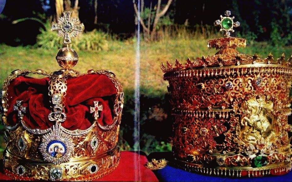 Her Majesty's Original Crown from The Great Coronation